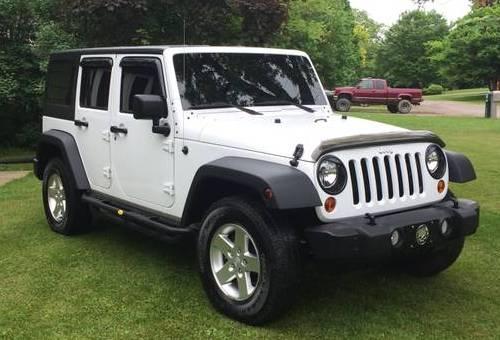 2013 jeep wrangler unlimited sport for sale in jackson michigan. Black Bedroom Furniture Sets. Home Design Ideas