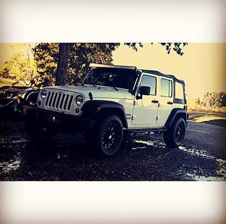 2010 jeep wrangler unlimited sport for sale in bowling green kentucky. Black Bedroom Furniture Sets. Home Design Ideas