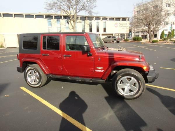 2010 jeep wrangler unlimited sahara for sale in fond du lac wisconsin. Black Bedroom Furniture Sets. Home Design Ideas
